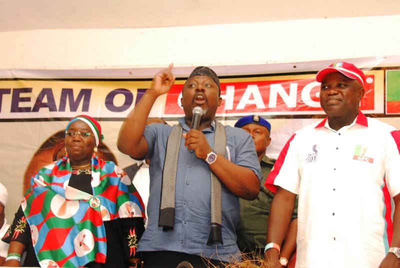 Rochas Okorocha Passionately Campaigns For Akinwumi Ambode In Lagos State