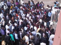 Jobless youths in Lagos jostle for LASTMA job