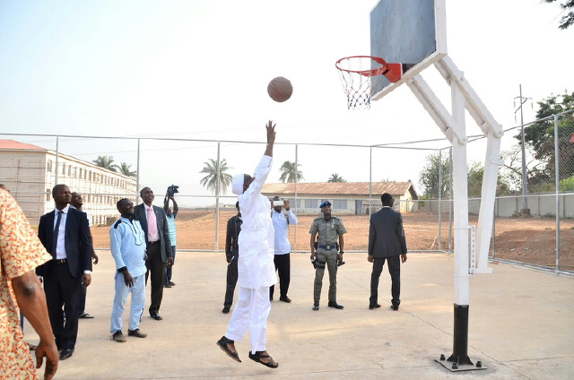 Photonews: Aregbesola On Unscheduled Inspection Visit To Ongoing Construction Of Osogbo Government High School