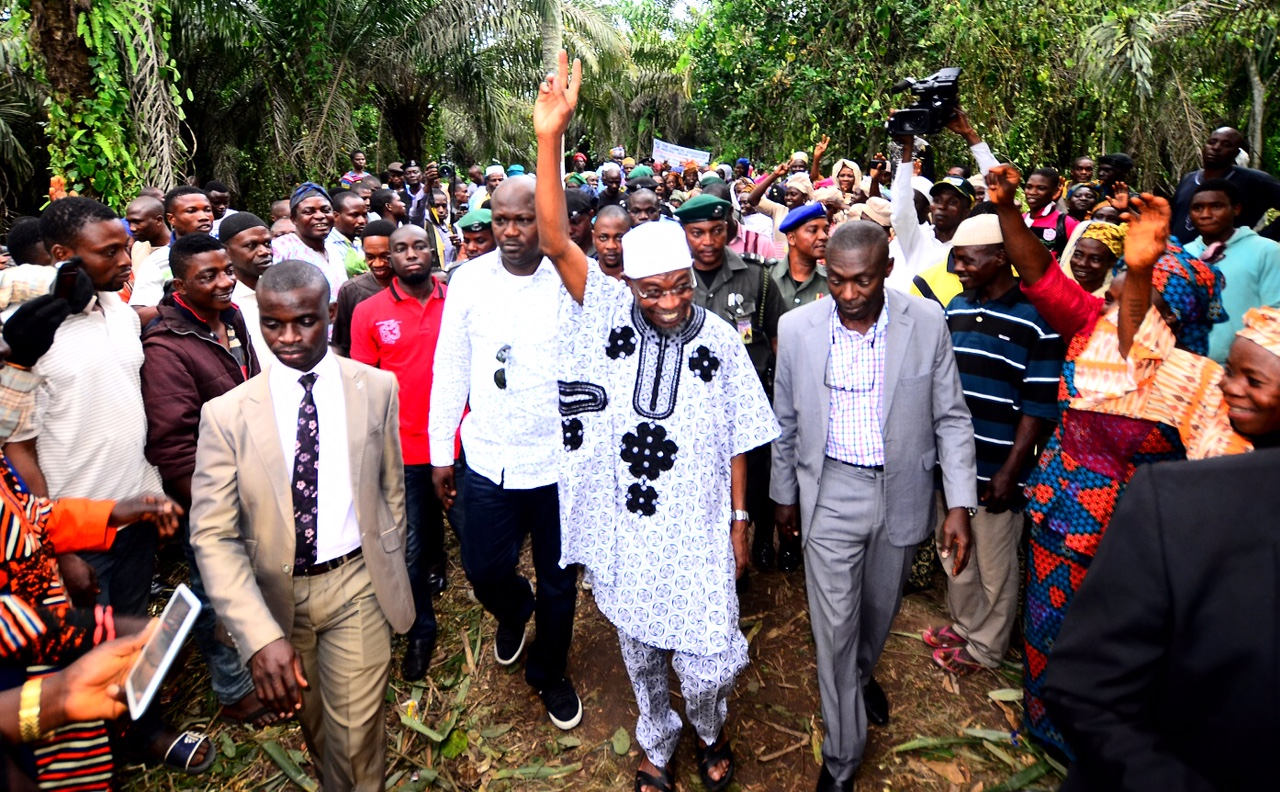 Economic Recession: Aregbesola Enjoins Youths To Embrace Farming