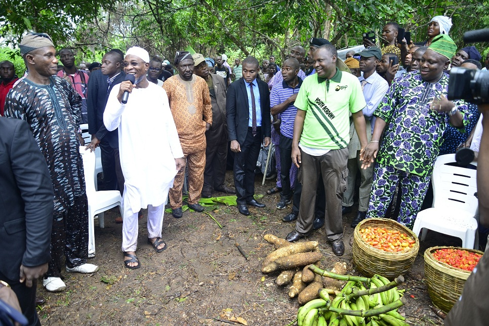 Photonews: Aregbesola Meets Farmers On Agricultural Development