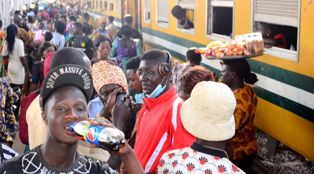 Osun Provides Free Train Ride For Christmas