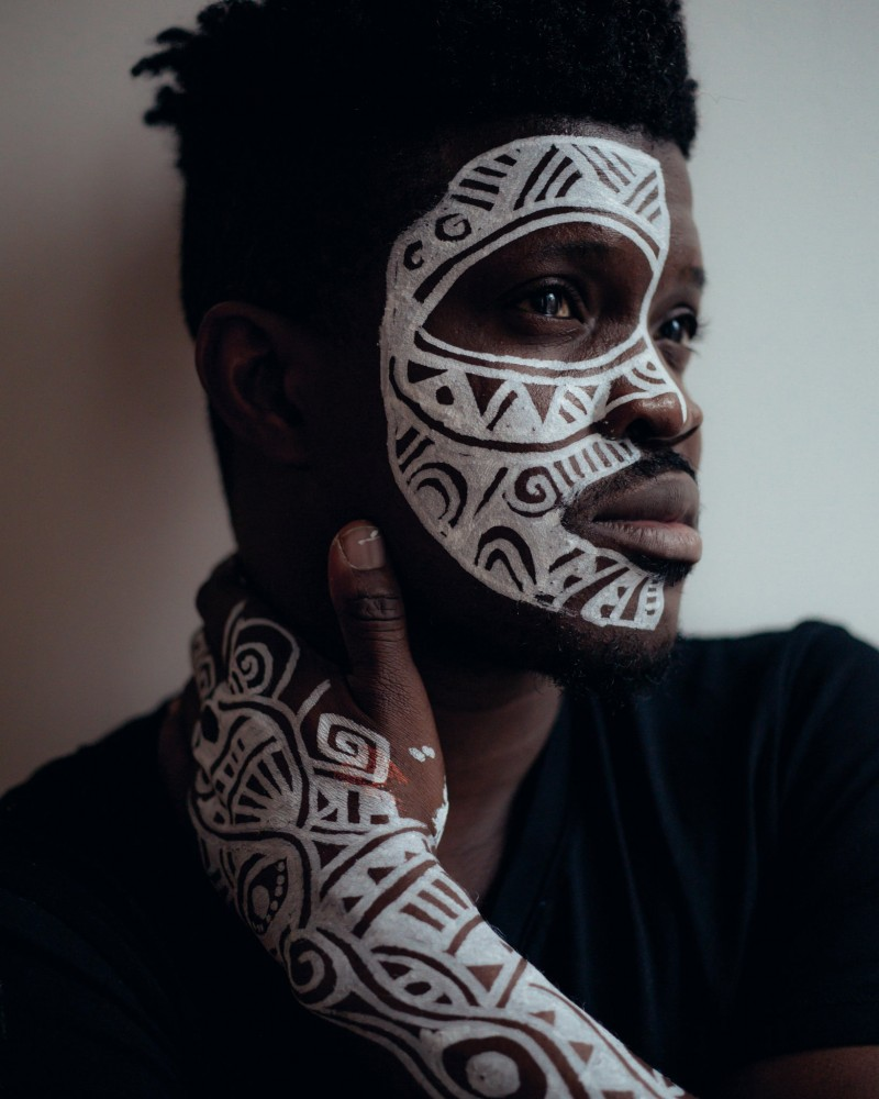 Meet Laolu Senbanjo, the Nigerian Artist Who Uses the Skin as His Canvas