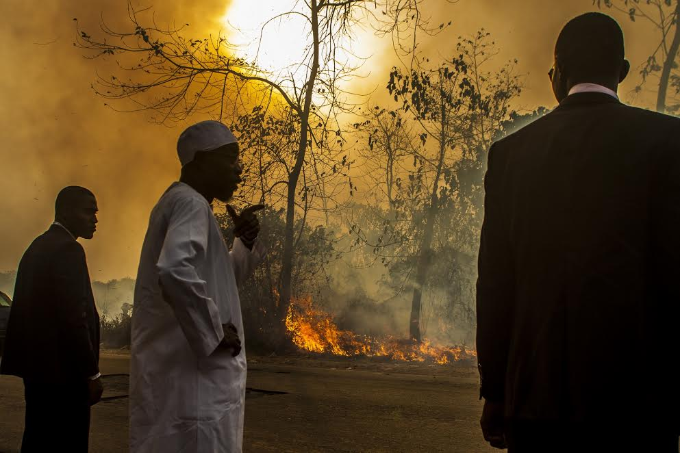 Gov. Aregbesola Helps Avert Fire Tragedy In Osogbo