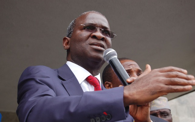 Fashola Inaugurates Mobile Transformer In Kaduna, Kastina