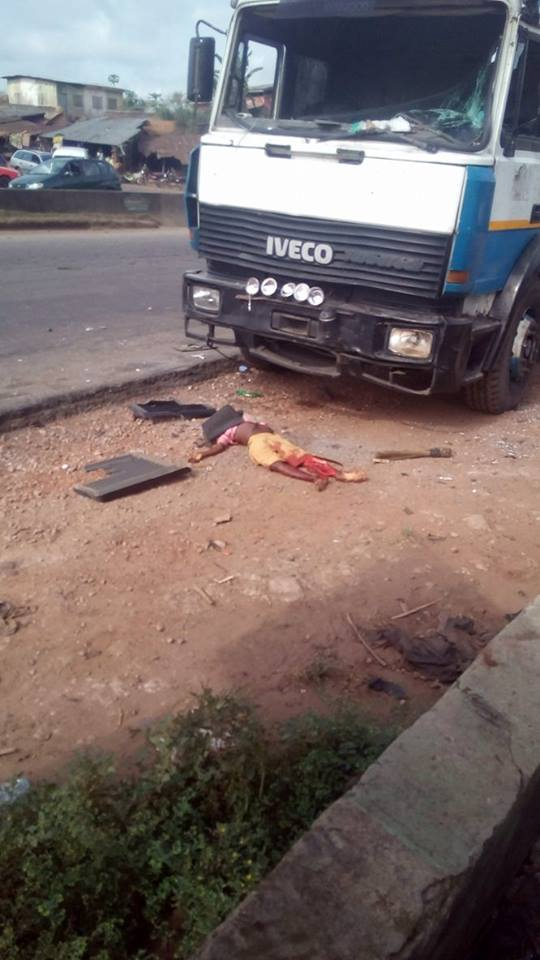 Ondo: Trailer Crushes 2 Kids Of The Same Parents To Death (Graphic Photos)