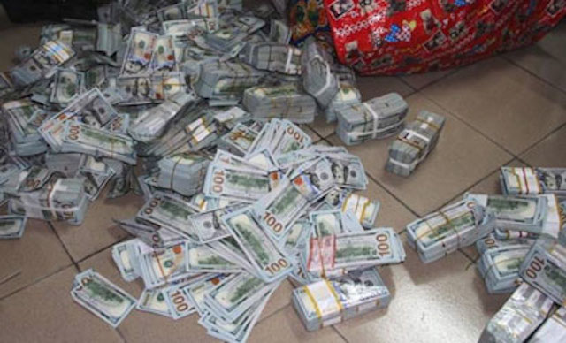 EFCC Uncovers $43.4m kept in Lagos Flat