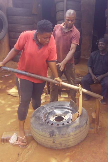 Meet Female Vulcanizer Who Works With Her Husband