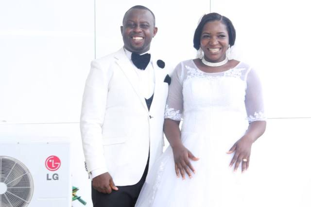Owerri Couple Excited As A-list Celebrities Gate-Crashed Their Wedding (photos)