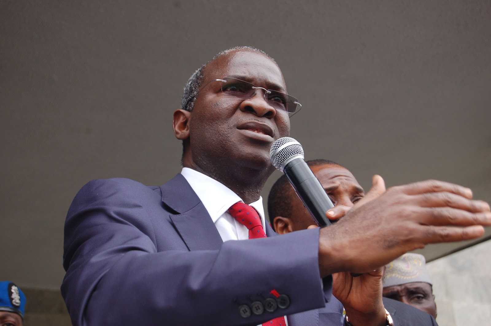 Fashola Says His Disagreement With Rep Members Is Healthy