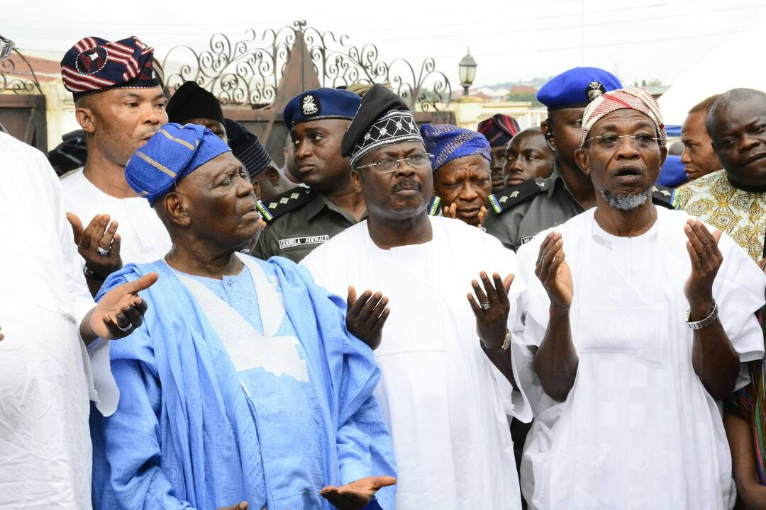 Tinubu, Akande, Oyinlola, Osun traditional rulers pay Aregbesola condolence visit over mother's death…eulogize Mrs Aregbesola's virtues