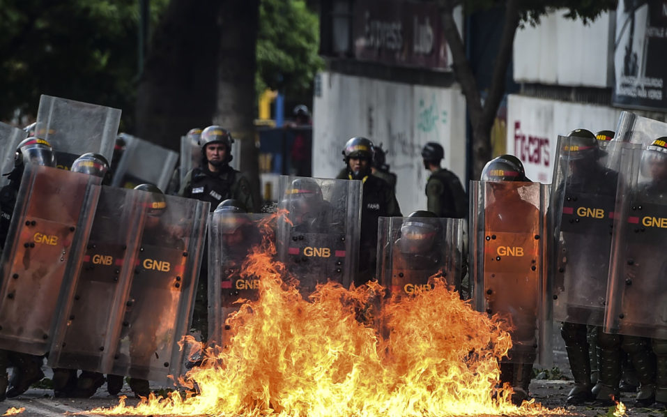 Venezuela Army Hunts Rebels Who Attacked A Military Base