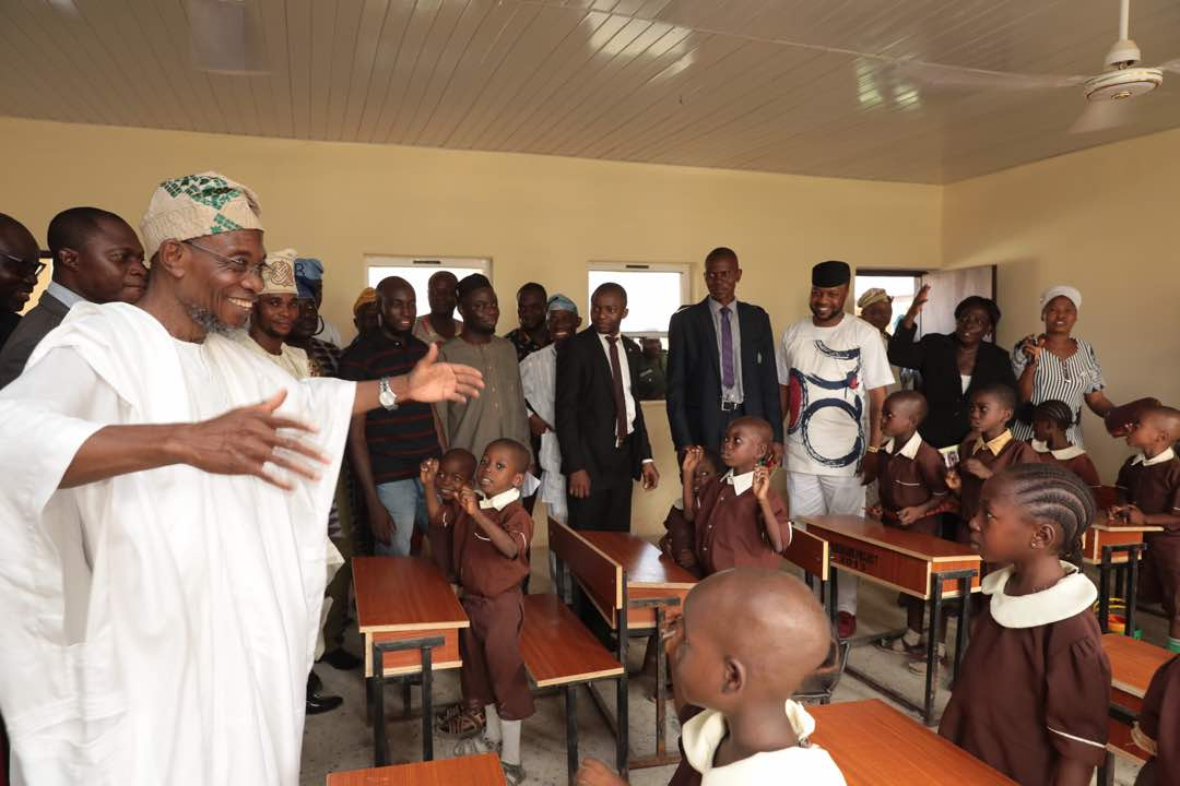 Encomiums As Aregbesola Commissions Another N94m School In Ipetumodu
