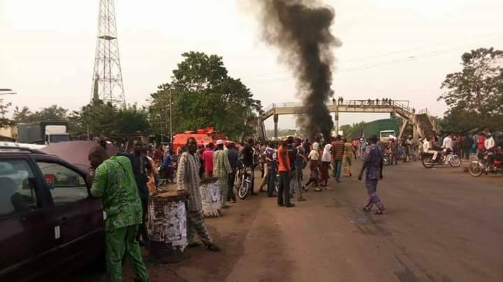 Police Restore Calm In Ikire After Hoodlums Hijack Peaceful Protest
