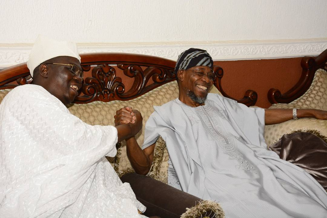 PHOTONEWS: Aare Ona Kakanfo-Elect Visits Governor Aregbesola