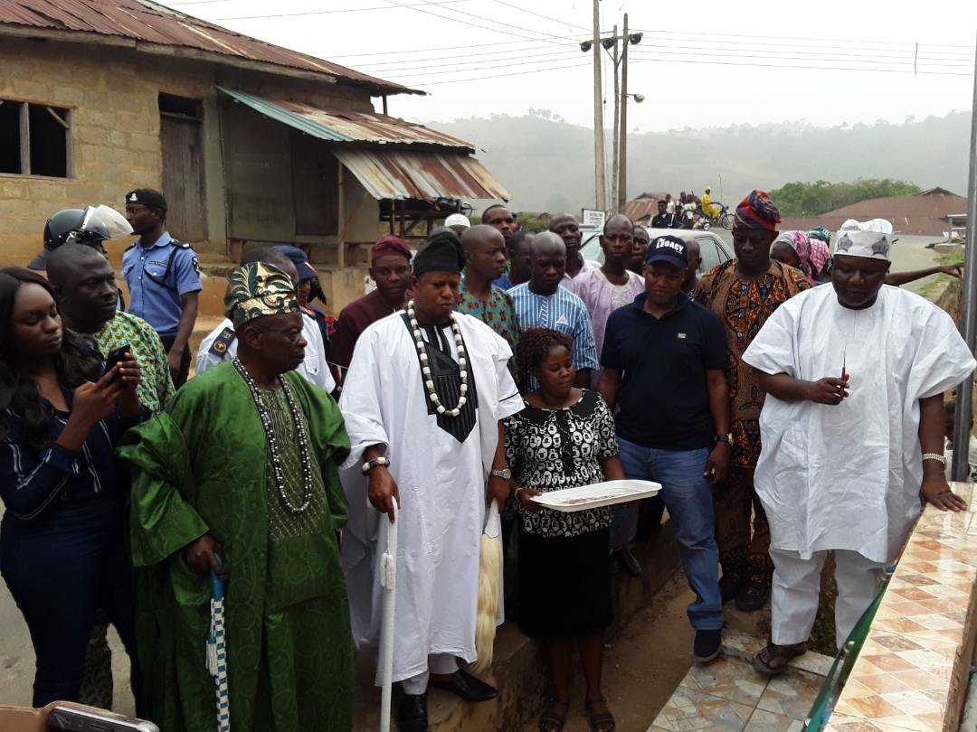 Council Boss, Hakeem Tokede Empowers 100 Widows, Others In Osun