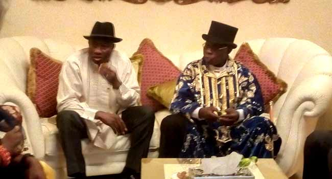 Jonathan Hosts Obasanjo To Private Dinner