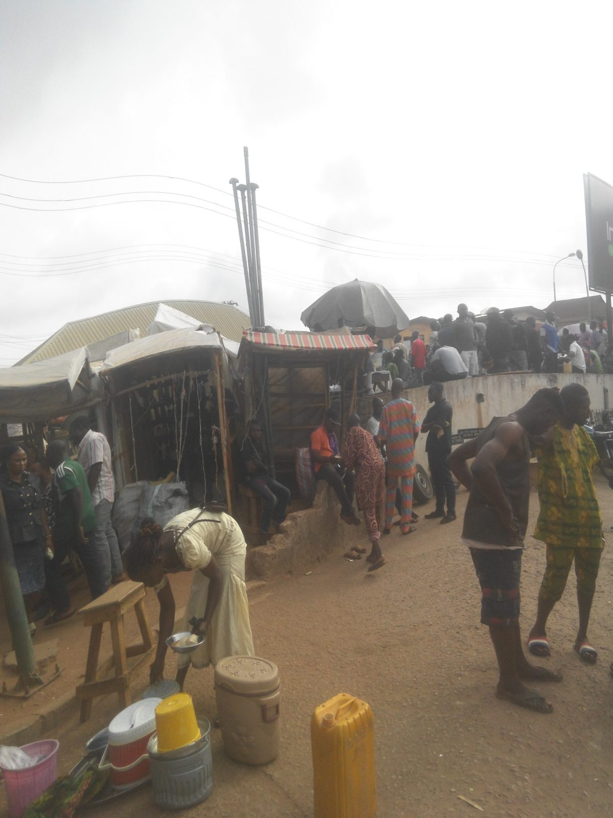 Many Injured As Suspected PDP Thugs Clash In Ile Ife